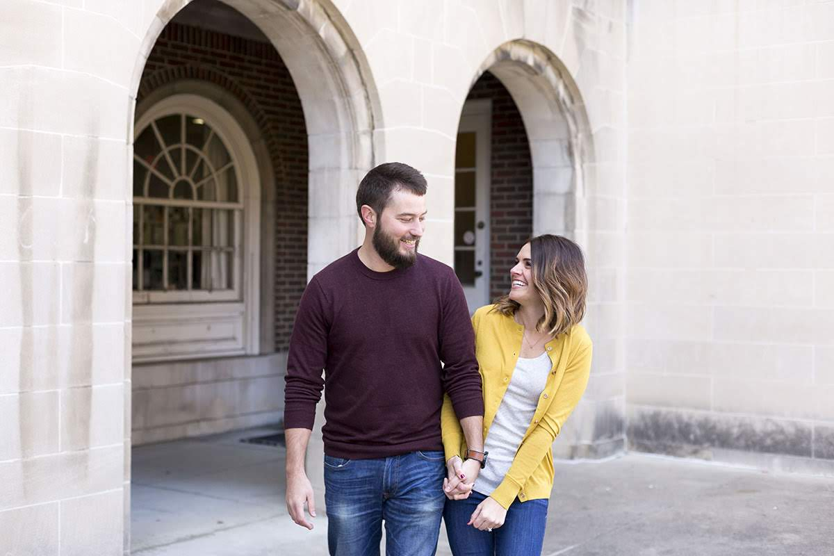 engagement session at ohio university, athens ohio, athens engagement session, ohio university, columbus engagement session, college sweethearts, fall engagement photos