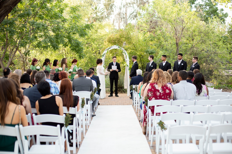 Phoenix zoo wedding, phoenix wedding photographer, arizona destination wedding, wedding in phoenix, intimate wedding inspiration, green wedding, small wedding, desert grove wedding, wedding ceremony